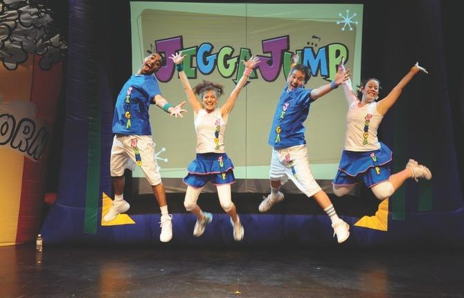 4 performers and set jump smyk 1