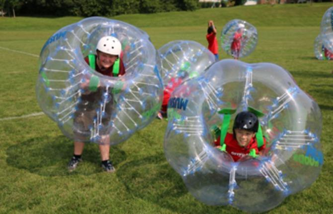 WEB Bubble Soccer 1
