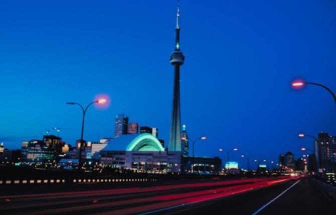 WEB CN Tower 1