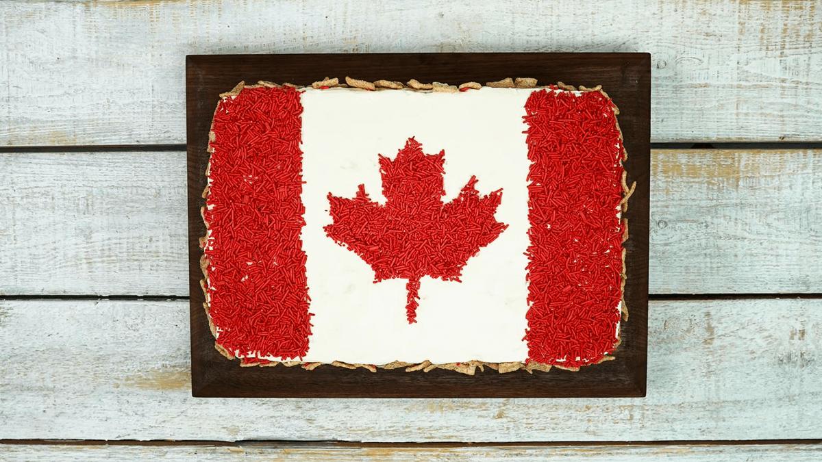 Canada 150 Flag Cake City Parent