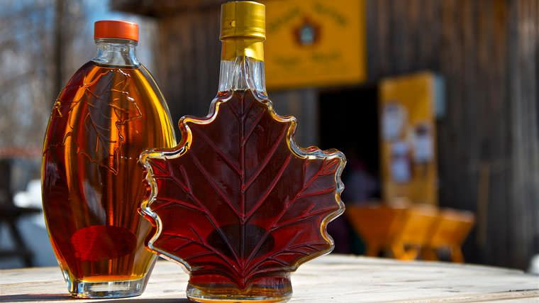 maple syrup bottles2