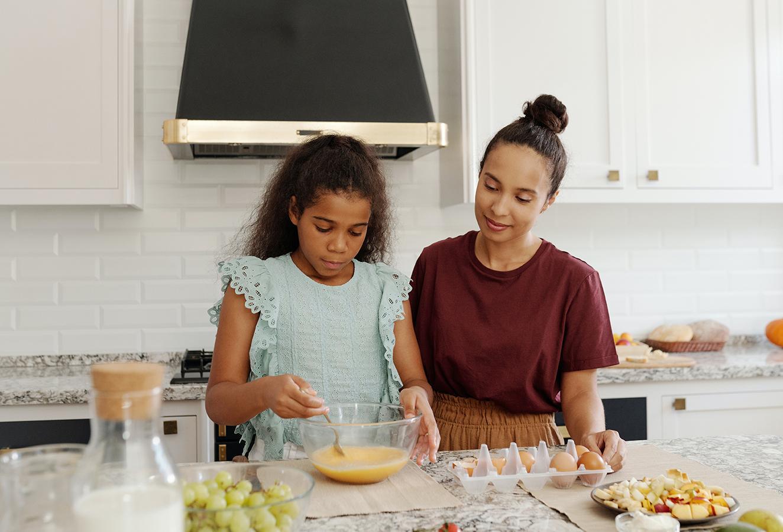 5 Activities that Your Tween Daughter Will Enjoy Doing with You